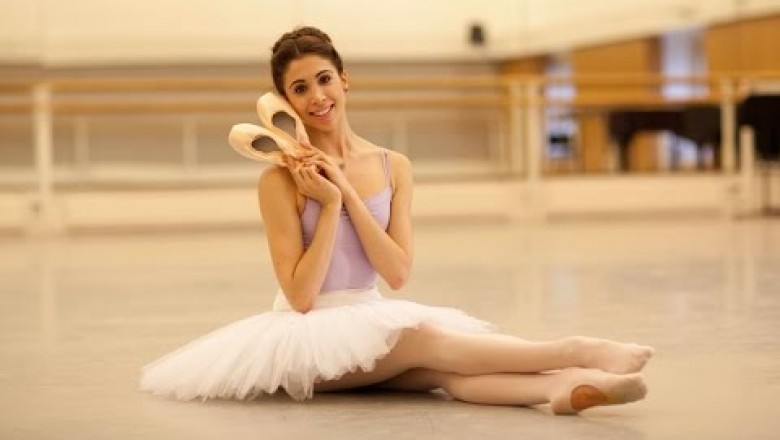 45af8ab1d How Royal Ballet Dancers Prepare Their Pointe Shoes